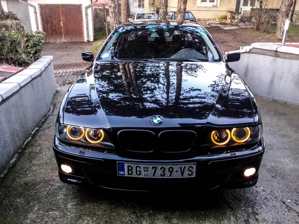 Czy koła dwumasowe w BMW E39 są awaryjne?